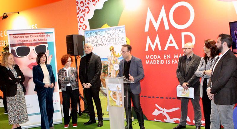Escuelas De Diseño Trajes Madrid En Baño ikXPZu
